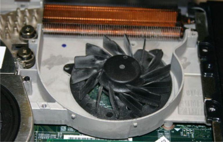 limpieza interior laptop