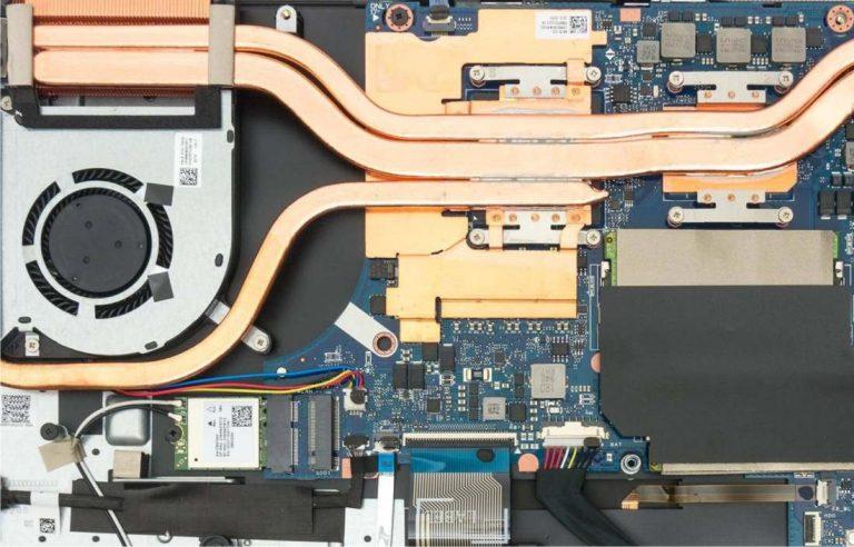 reparar laptop caido líquido